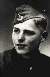 1945-04-12-herold-massaker-909x1400