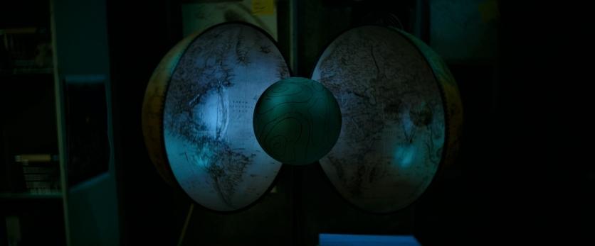 Hollow Earth (2)